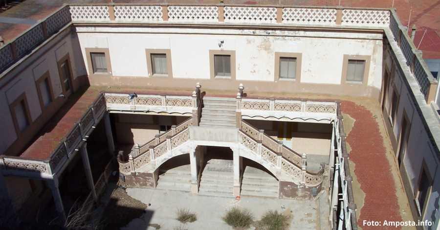 L'edifici de l'antic col·legi de les Monges ja és d'Amposta