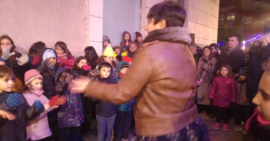 S'encenen els llums de Nadal als carrers d'Amposta | Amposta.info