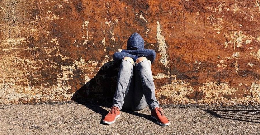 Dinamitzadors cívis per millorar la relació entre centres de joves emigrats sols i el seu entorn