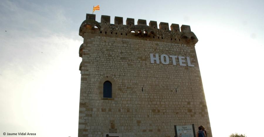 Imatges inauguració de la instal·lació Hospitalitat, de l'artista Jaume Vidal