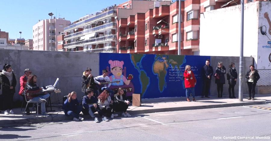 Inaugurat un mural per la igualtat de gènere