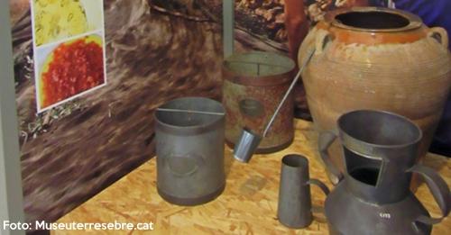 Enllestida la restauració dels objectes etnològics exposats a l'Espai Ebre km 0