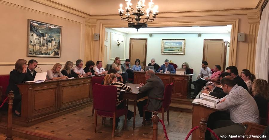 Ciutat | Tots els grups municipals aproven la moció de defensa de l'escola catalana | Amposta.info