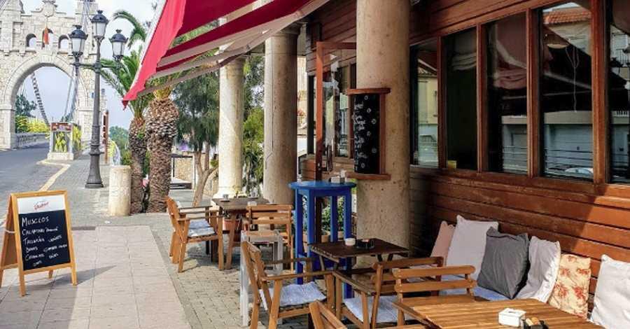 El restaurant Petit Cafè d'Amposta rep el caragol Slow Food