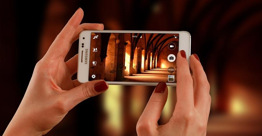 Taller de fotografia mòbil a càrrec de Pau Bertomeu